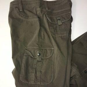 Kuhl Cargo Outdoor Pants/Capri